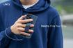 صورة يونيك كفر مزود بمقبض يد للأيفون 12/12 برو - أزرق